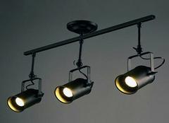轨道灯安装如何藏线 轨道灯的安装方法