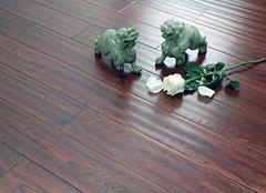 2019实木地板规格及报价表 实木地板材料哪种好