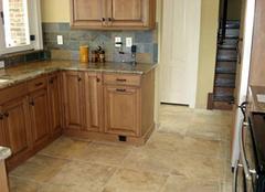 厨房用全瓷瓷砖好吗 厨房墙面瓷砖选全瓷好还是半瓷好