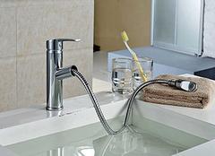 卫生间水龙头漏水怎么办 卫生间水龙头怎么换