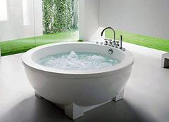 怎么修补浴缸的裂纹 卫生间浴缸敲掉麻烦吗