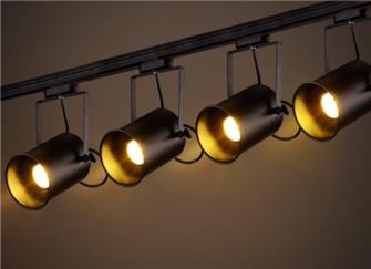 客厅适合筒灯还是射灯 射灯和筒灯可以混装吗