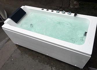 ��克力的浴缸好�� ��克力浴缸的是�r格
