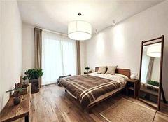 卧室地板好还是地砖好 卧室地板什么颜色大气