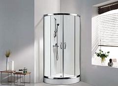 淋浴房和玻璃隔断的区别 淋浴房和玻璃隔断哪个好