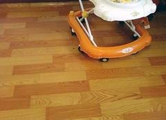 地面不平可以铺地板革 水泥地面哪种地板革好