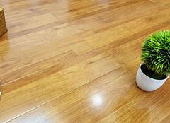 ��化地板和瓷�u�峰��典哪��好 怎麽辨�e��化地板ξ 的好��