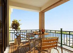 阳台怎么装修好看实用 阳台隔热膜有用吗