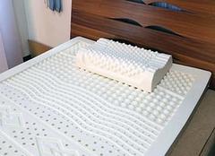 乳胶床垫上面还用铺褥子吗 乳胶床垫的优点与缺点
