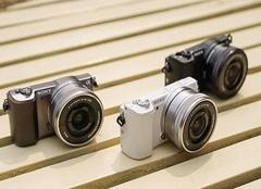 sony微单和佳能哪个好 索尼和佳能微单相机型号
