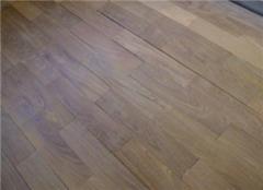 木地板翻新可以改颜色吗 木地板翻新多少钱一平米