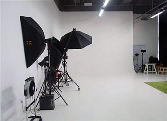 摄影棚装修价格是多少左右 摄影棚装修注意事项
