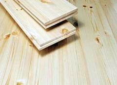 木地板用精油好还是打蜡好 地板多久上一次精油比较好