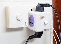 多功能插座哪个品牌好 多功能插座如何接电源