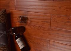复合地板哪个品牌比较好 家用复合地板怎么选择