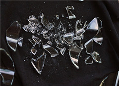 碎玻璃是什么垃圾 ?#31995;?#31649;是什么垃圾