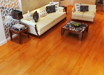 �秃夏镜亍霭搴��木地板哪��好 ��木地板和原木地板哪��→好