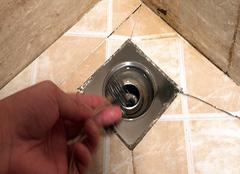 如何选卫生间地漏,家用卫生间使用什么地漏好