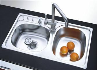 厨房水槽堵了怎么疏通 厨房水槽堵了小妙招