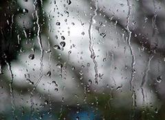 梦见下雨是什么意思 梦见下雨是什么征兆