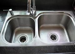 厨房下水道有异味怎么办 厨房下水道有小飞虫有什么小妙招