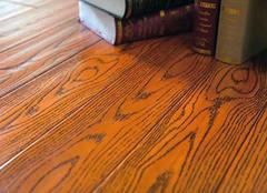 实木地板被雨淋了怎?#31383;?实木地板沾水会怎么样