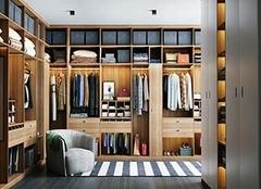 什么是步入式衣柜 步入式衣柜最小长宽尺寸 步入式衣柜价格多少钱
