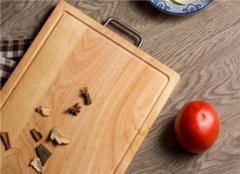 菜板什么材质的好 新菜板使用前如何处理 菜板发霉怎么清洗干净