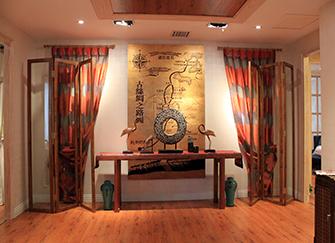 玄关壁画有什么讲究吗 玄关壁画尺寸多少最合理 进门看到什么画为大吉