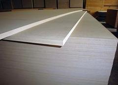 中纤板和颗粒板哪个好 中纤板是什么材料做成的 中纤板有甲醛吗