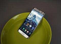 手机进水了怎么处理 手机进水开不了机怎么办 手机进水声音变沙哑