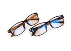 防蓝光眼镜有用吗 防蓝光眼镜哪个牌子好 防蓝光眼镜能日常带吗