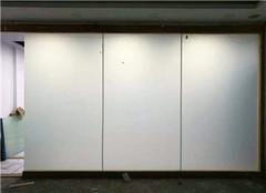 调光玻璃隔断是单玻还是双玻 调光玻璃隔断与普通玻璃隔断的区别 调光玻璃隔断使用说明