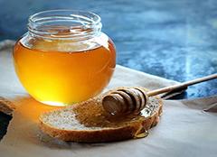 空腹喝蜂蜜水有什么好处 空腹喝蜂蜜水能减肥吗 空腹喝蜂蜜水会胖吗