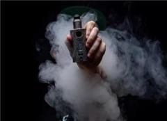 电子烟和真烟哪个危害大 电子烟的危害 改抽电子烟后身体变化