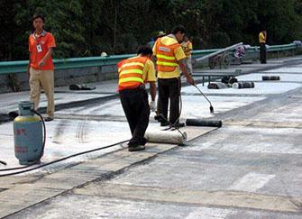 楼顶防水堵漏材料哪种好 楼顶防水堵漏的最好方法 楼顶防水堵漏价格