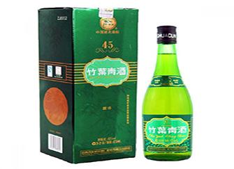 竹叶青酒是什么酒 竹叶青酒一般人喝不了 竹叶青酒的功效与作用