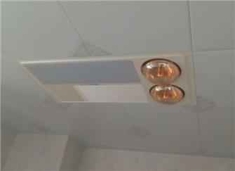 多功能浴霸好不好 多功能浴霸如何安装 多功能浴霸灯坏了怎么更换