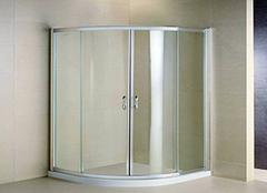 浴室隔断用什么材料好 浴室隔断一般多高 浴室隔断门的十大品牌