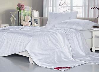 多喜爱蚕丝床品好用吗 多喜爱蚕丝床品质量怎么样 多喜爱蚕丝床品价格