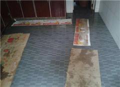 瓷砖地面返潮怎么处理 水泥地面返潮怎么处理 农村地面潮湿怎么解决