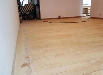 二手房木地板怎么翻新 二手房木地板翻新多少钱 二手房翻新需要换地板吗
