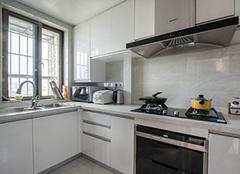 橱柜台面选择什么材质好 橱柜做不锈钢台面好吗 橱柜台面用不锈钢还是大理石