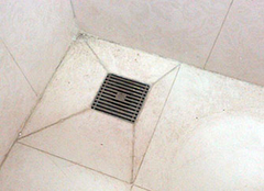 卫生间一般需要几个地漏 卫生间地漏堵了用什么办法疏通一下 卫生间地漏臭是什么原因