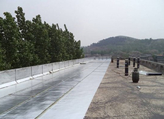 屋顶防水补漏用什么材料最好 屋顶防水补漏一平方价格是多少