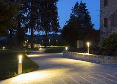 庭院灯一般多少瓦 庭院灯和景观灯的区别 庭院灯什么材料比较好