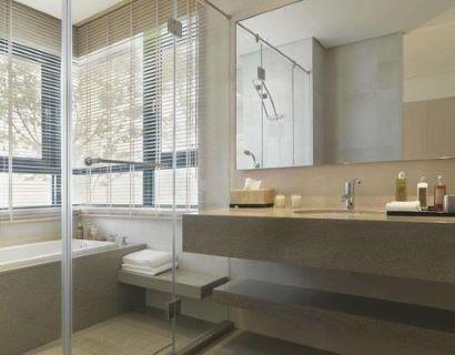 衛生間玻璃貼膜哪個牌子好 衛生間玻璃貼膜好還是掛窗簾好 衛生間玻璃貼膜怎樣才能貼