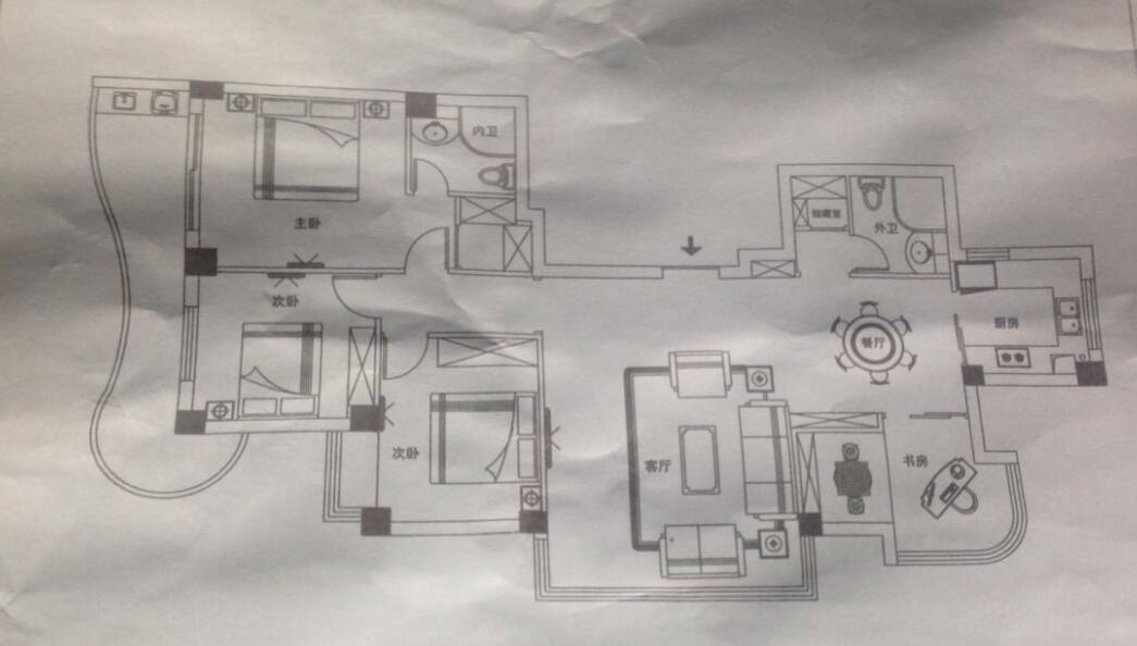 请问我这阳台可以有哪几种设计方案呢