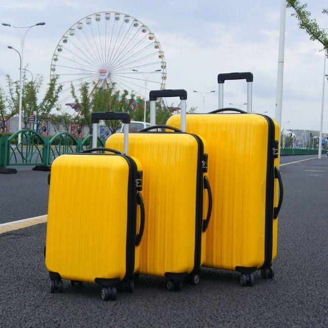 行李箱一般多大尺寸的就可以了?