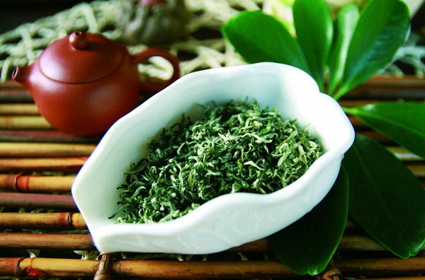 新鲜上市的碧螺春属于什么茶啊?